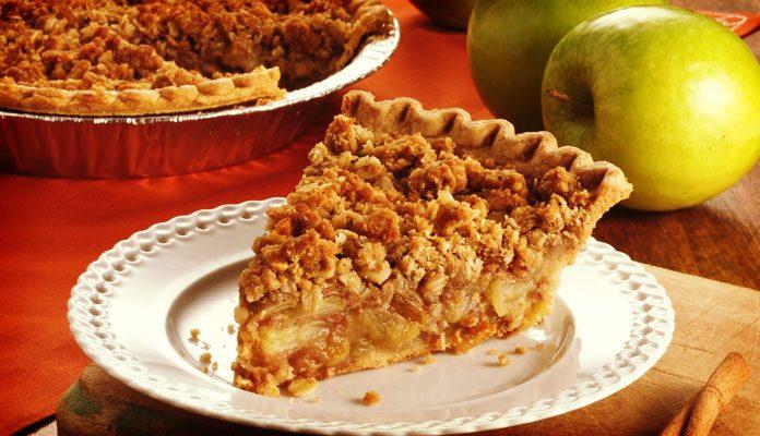 طرز تهیه دسر سیب پای سیب