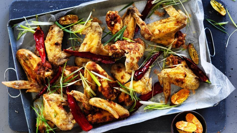 2 نکته مهم آشپزی برای تهیه بال مرغ سوخاری