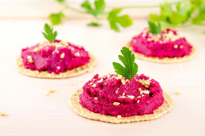 fall_food_weight_loss_beet_hummus حمص چغندر